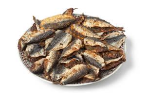 cucinare le sardine con la friggitrice ad aria calda