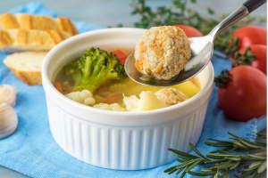 polpette di cavolfiore con friggitrice ad aria, ideale per vegetariani